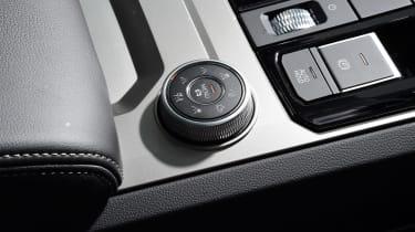 Volkswagen Touareg SUV driving mode selector