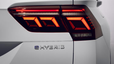 Facelifted Volkswagen Tiguan tail-light
