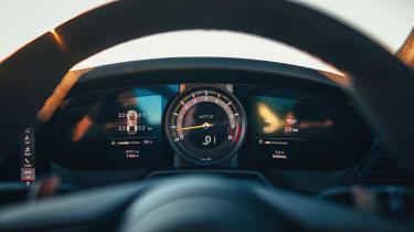 Porsche 911 GT3 gauges