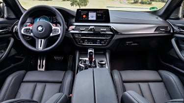 BMW M5 Competition - interior and dashboard