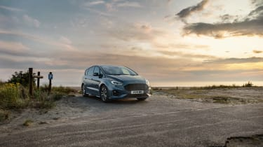 2019 Ford S-Max - static front 3/4
