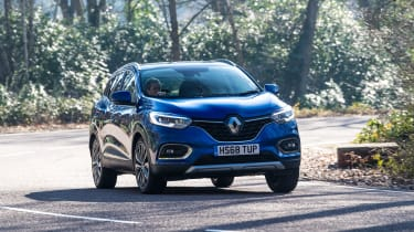 Renault Kadjar cornering
