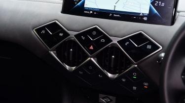 DS 3 Crossback E-Tense SUV fascia