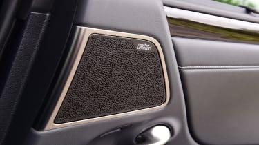 Lexus ES saloon speakers