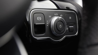Mercedes CLA Shooting Brake lighting dials