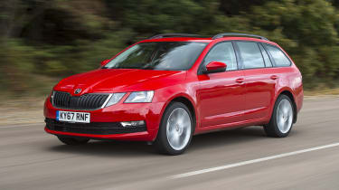 2017 Skoda Octavia Estate - front 3/4 dynamic