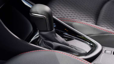 Toyota Yaris hatchback gear-lever