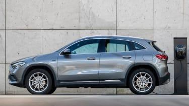 Mercedes CLA and GLA plug-ins - GLA side static