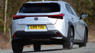 Lexus UX rear tracking 2