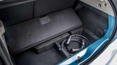 New Renault ZOE - under booty storage with charging cables
