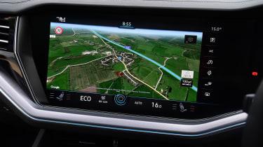 Volkswagen Touareg SUV navigation