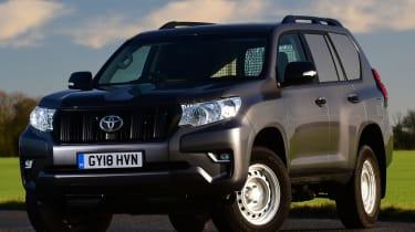 Toyota Land Cruiser Utility front static