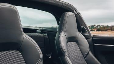 Porsche 911 Targa front seats