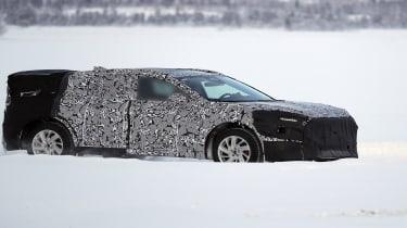 Ford Mondeo SUV spy shot
