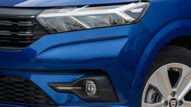 Dacia Sandero hatchback headlights