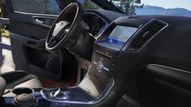 Ford S-MAX hybrid interior