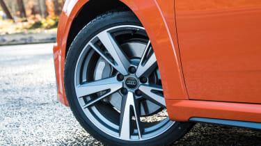 audi tt roadster convertible alloy wheel