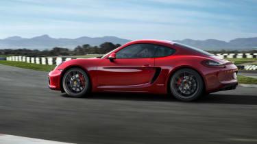 Porsche Cayman GTS tracking