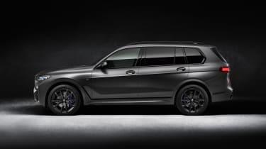 BMW X7 Dark Shadow Edition side view