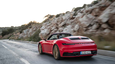 Porsche 911 Cabriolet 2019 tracking rear