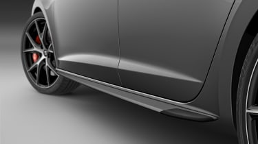 2018 SEAT Leon ST Cupra Carbon Edition side blades