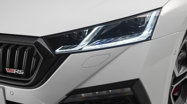Skoda Octavia vRS hatchback headlight