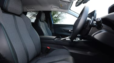 Peugeot 3008 SUV front seats