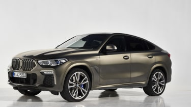 2019 BMW X6 - front static studio shot wide