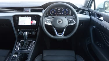 Volkswagen Passat GTE Estate interior