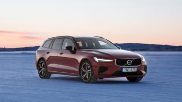 Volvo V60 T8 Twin Engine hybrid front 3/4