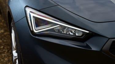 SEAT Leon hatchback - headlights