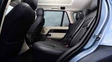 2020 Range Rover Vogue P400 - Rear seats