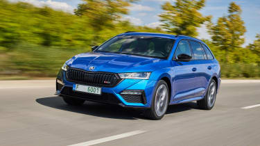 2020 Skoda Octavia vRS iV Estate driving