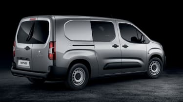 2018 Peugeot Partner van crew cab rear