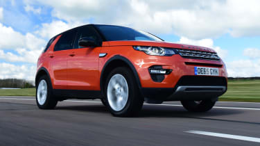 Land Rover Discovery Sport - front 3/4 driving