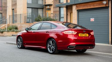 Ford Mondeo ST-Line static - rear
