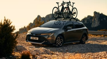 Toyota Corolla Trek Sport Touring - front