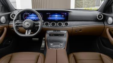 Mercedes E-Class - dashboard