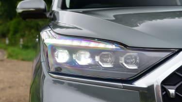 SsangYong Rexton SUV headlights