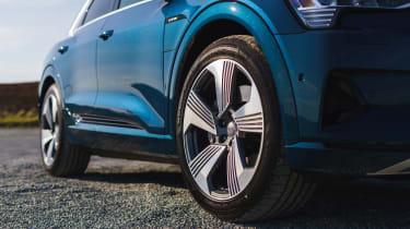 Audi e-tron SUV wheels