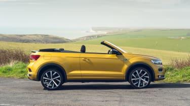 Volkswagen T-Roc Cabriolet side view - windows down