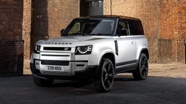 2020 Land Rover Defender 90 - front 3/4 view static