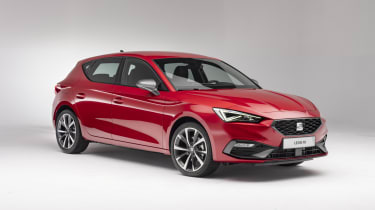 2020 SEAT Leon - front 3/4 static view
