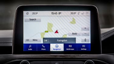 Ford Kuga Plug-in Hybrid infotainment display