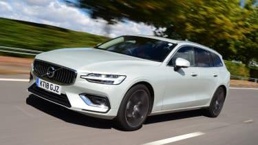 Volvo V60 estate front 3/4 tracking