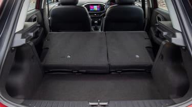 MG3 boot seats down