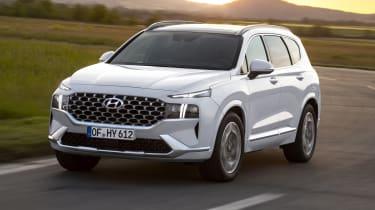 2020 Hyundai Santa Fe cornering