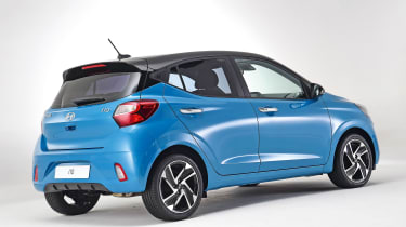 2020 Hyundai i10 rear view