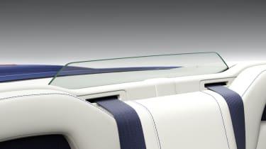 Lexus LC500 Convertible wind deflector