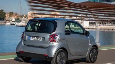Smart EQ ForTwo hatchback rear 3/4 tracking